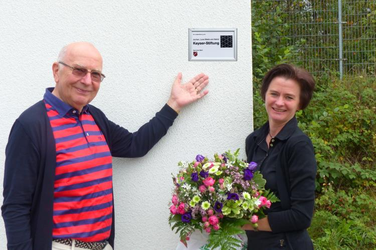 tv klaswipper garage plakette bafatex keyser stiftung